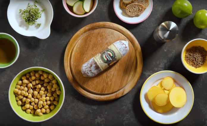 Millefoglie salata con verdure e Salame Cacciatore Italiano